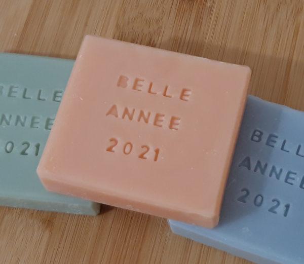 Savon personnalisé rose Belle année 2021